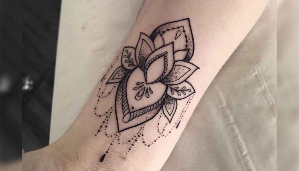 22 Mooiste Pols Tattoos Tattoopedia